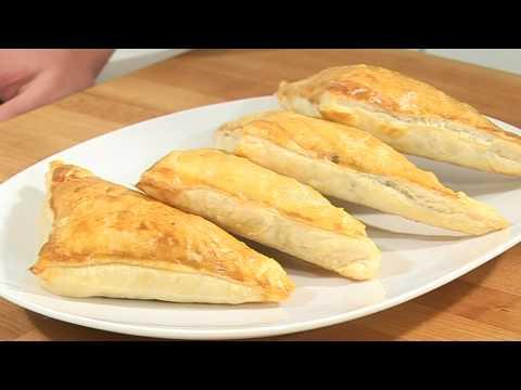 Слоеные пирожки из ягненка с картофелем - видеорецепт