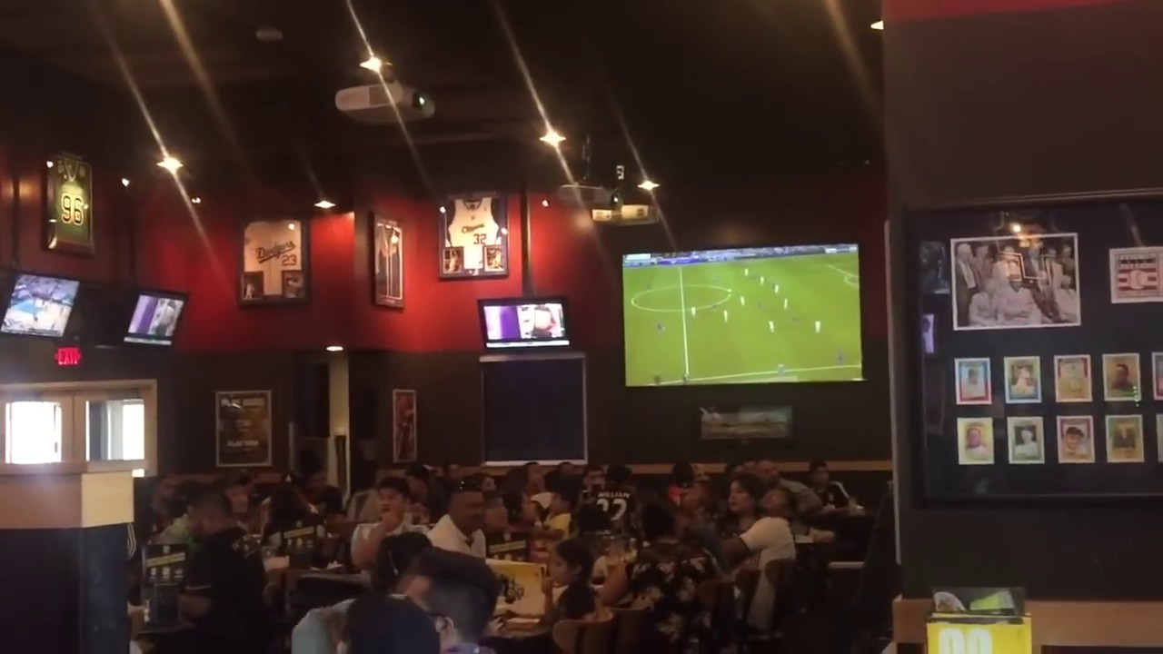 Download Lionel Messi Last Minute Winning Goal vs Real Madrid Fans Reaction  BWW's L.A.