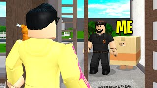 I Became A FAKE BOX To Sneak Into My Friends Home! (Roblox Bloxburg)