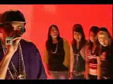 Chris Brown - Yo Excuse Me Miss (  Live  MTV  )
