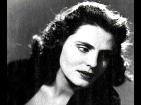 Amalia Rodrigues - Que Deus Me Perdoe