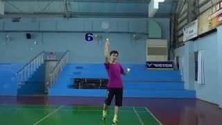 [羽球教學]教練示範  正手發長球-羽球密碼