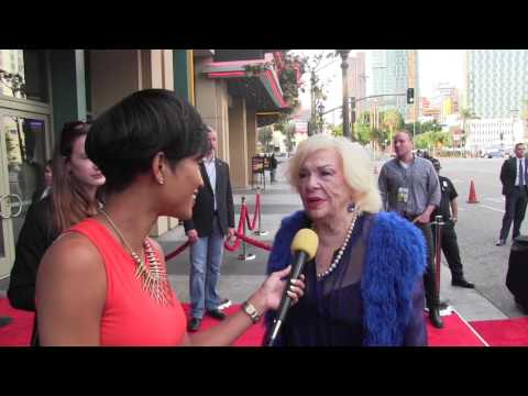 Renee Taylor @ The Do Over Red Carpet Premiere | PopCorn Talk