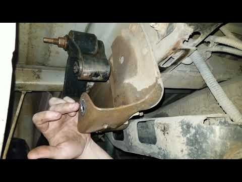 How To Install Drop Shackles On 99-05 GMC/Chevrolet Truck