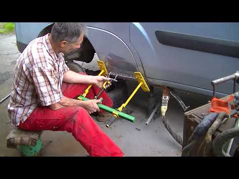 Фиат Добло .  Мелкий кузовной ремонт .