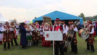 Dożynki Wojewódzkie 2015 Barzkowice, śpiewają  Krześniczanie.