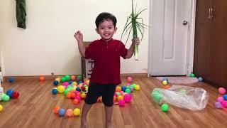 Kubi vừa nhảy vừa hát liên khúc thiếu nhi cùng mẹ   Kubi Minh Cường - Khánh Thi