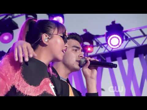 DNCE - Toothbrush (6.1.2016)(#iHeart Pool Party 1080p)