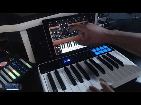 SoundsAndGear Live - Checking Out The Minimoog Model D App by Moog