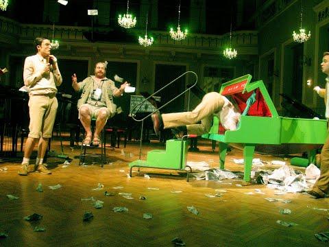 sirene Operntheater  - Das Krokodil - Oper von Jury Everhartz