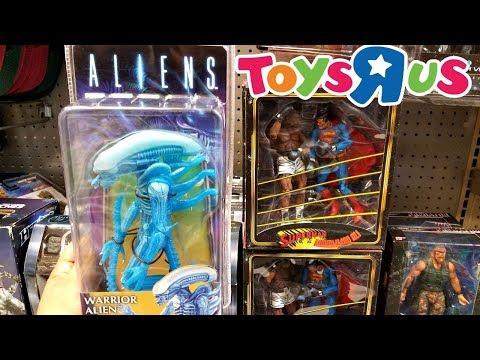 Toys R Us TOY HUNTING  NECA FIGURES ALIEN, GREMLINS, ASH VS EVIL DEAD 2017