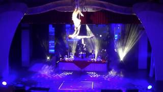 Duo Act from Dinner Show in Europa Park Duo Straps 5,5 meters high Duo Aerial Duo Turkeev