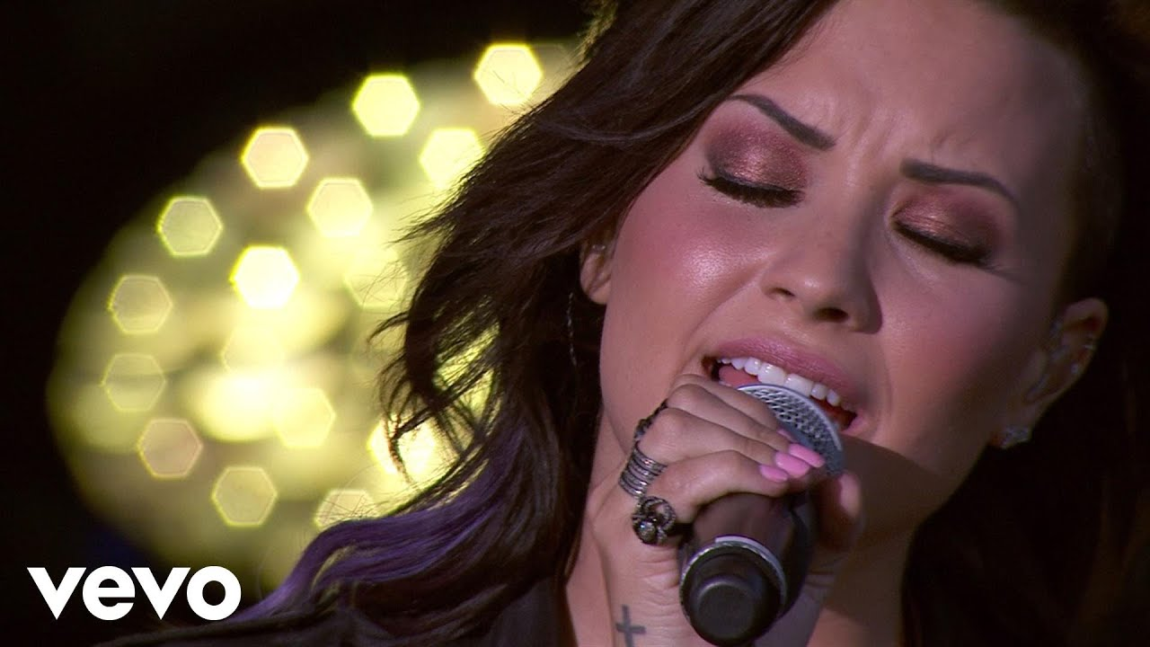 Download Demi Lovato - Skyscraper (Tour Warm-Up Live from the Honda Stage)