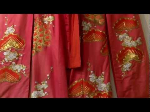 Asian Antiques, Vintage wedding kimono at Gannons Antiques