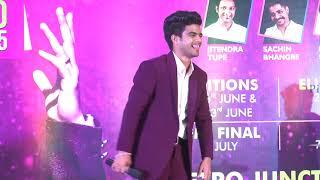 Salman Ali Indian Idol Winner Singing MERE RASHKE QAMAR @ Metro Junction Mall, Kalyan
