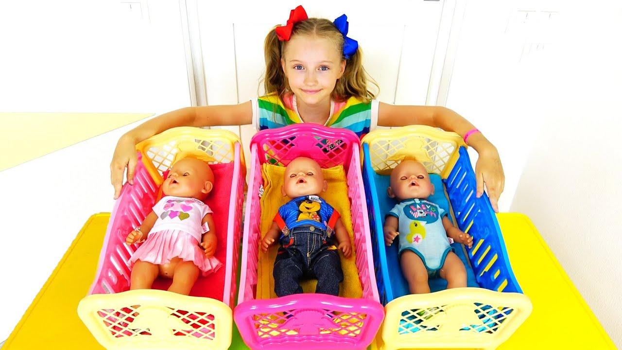 Полина и утренние рутины с куклами