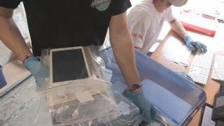 Tabletas para romper la distancia en los hospitales de Bruselas