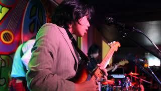 Mundo - IV of Spades Live @ 70's Bistro (Blaster Silonga focus)
