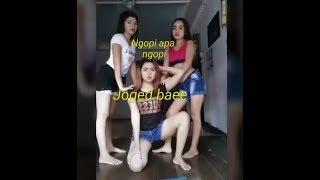 Download lagu DJ Ngopi Diem Diem Bae - Versi Cewek Tik Tok