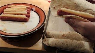 Korv Med Ost Invirad I Tortilla / Hot Dogs With Cheese In Tortilla