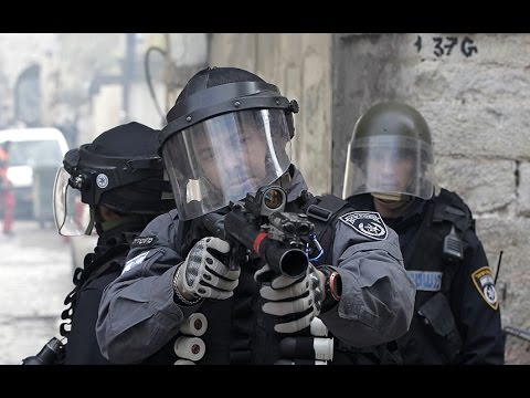 Fierce clashes between Israeli police and Palestinians at Al-Aqsa mosque