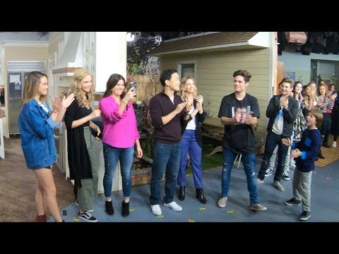 Alexa & Katie Season 1 Finale Curtain Call in 4K