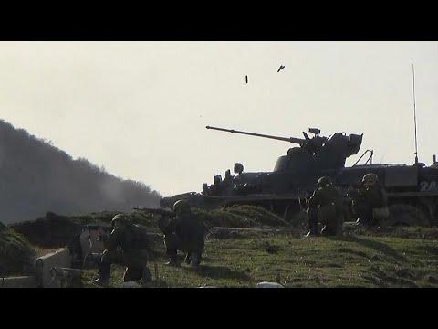 روسيا تعلن بدء سحب قواتها مع انتهاء تدريباتها العسكرية بالقرب من أوكرانيا…  - نشر قبل 3 ساعة