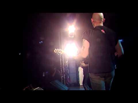 Saratoga - Oscura la luz concierto a morir [LIVE]