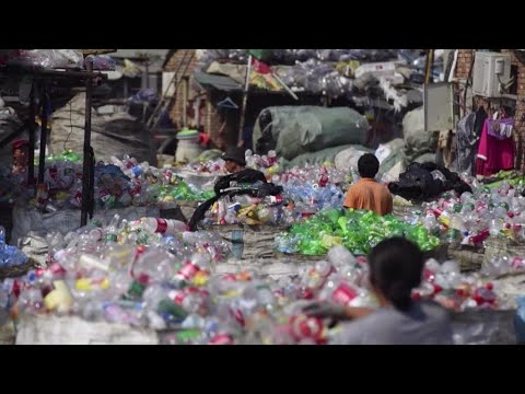 Down to Earth - Garbage Wars: where does the world's trash go?