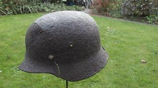 WW2 Relikte : Deutscher Stahlhelm am Waldrand gefunden
