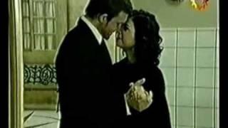 Rocco y Angela - Por Amarte Asi