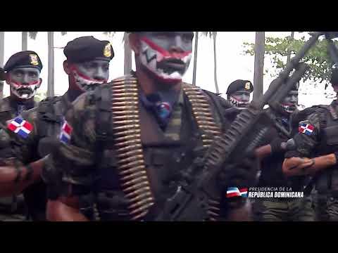 Desfile Militar De Cadetes Méxicanos, Y La Fuerza Aérea De República Dominicana