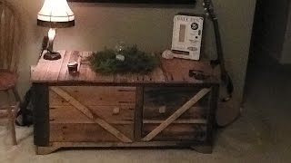 Rustic Pallet Wood TV Stand