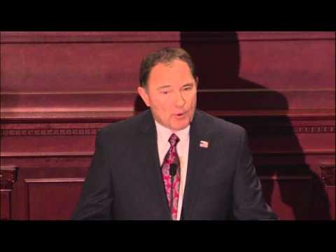 Gary Herbert Da Presentación Del Estado