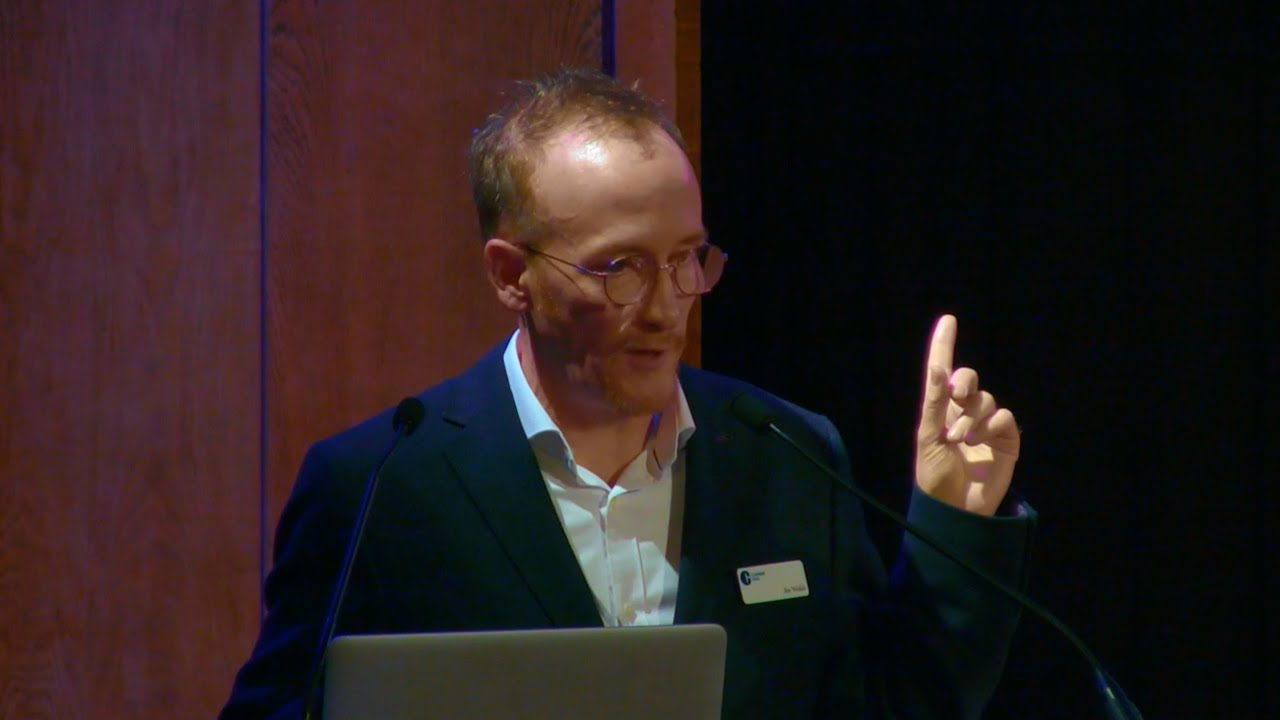 Dr Jim Walsh speaking at the Conway Hall Ethical Gala • 04 Feb 2020