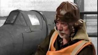 Senkrechtstarter-Pilot Helge Schneider