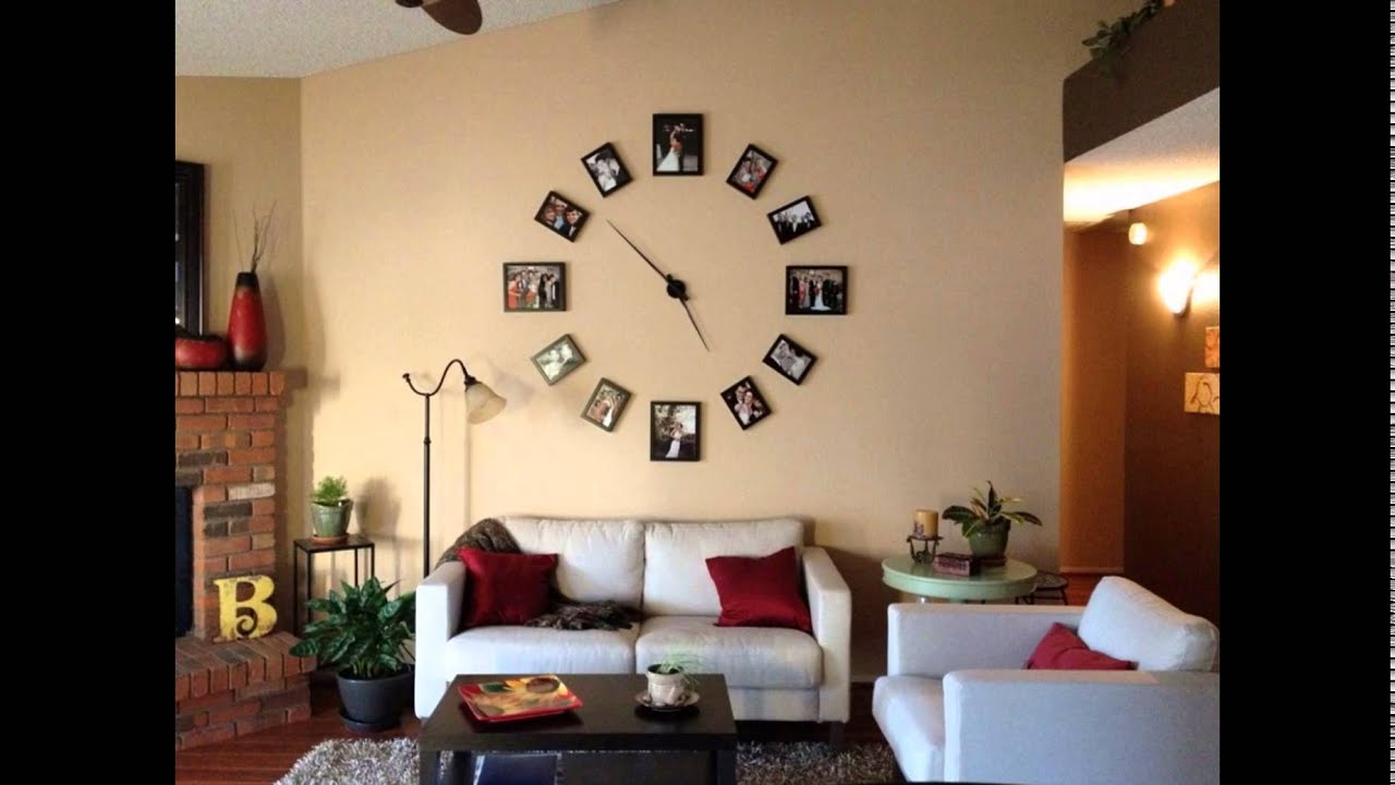 Creative wall clock photo display design for minimalist for Creative living room decorating ideas