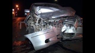 Водитель кроссовера разбил машину тестя и «Тойоту» хабаровчанина. MestoproTV