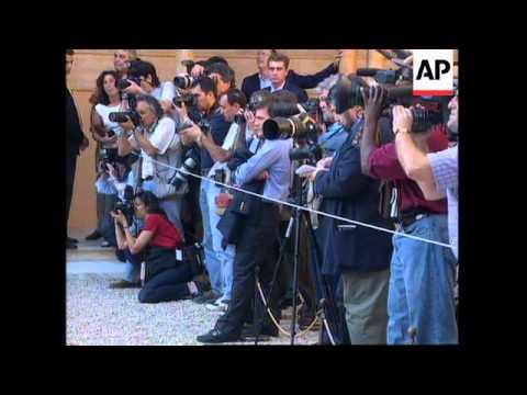 SPAIN: GRANADA: US PRESIDENT CLINTON & WIFE HILLARY VISIT
