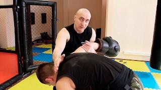 Ребро ладони в бою: советы инструктора спецназа #9