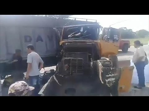 فيديو: شاحنة تصطدم بمجموعة سيارات في فنزويلا ووقوع 14 جريحاً …  - نشر قبل 3 ساعة
