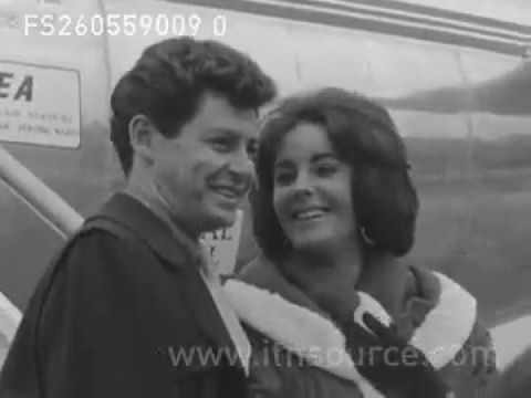 LIZ TAYLOR AND EDDIE FISHER ARRIVE L A P