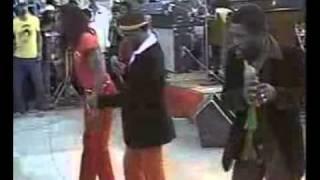 Mighty Diamonds and Lloyd Parks & We The People Band   Reggae Sunsplash, Jamaica   1982