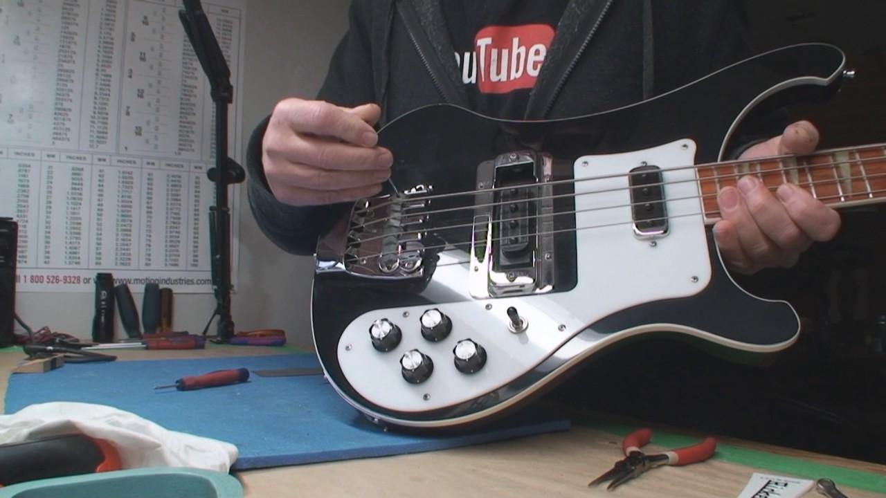 rickenbacker bass guitar output jack issues [ 1280 x 720 Pixel ]