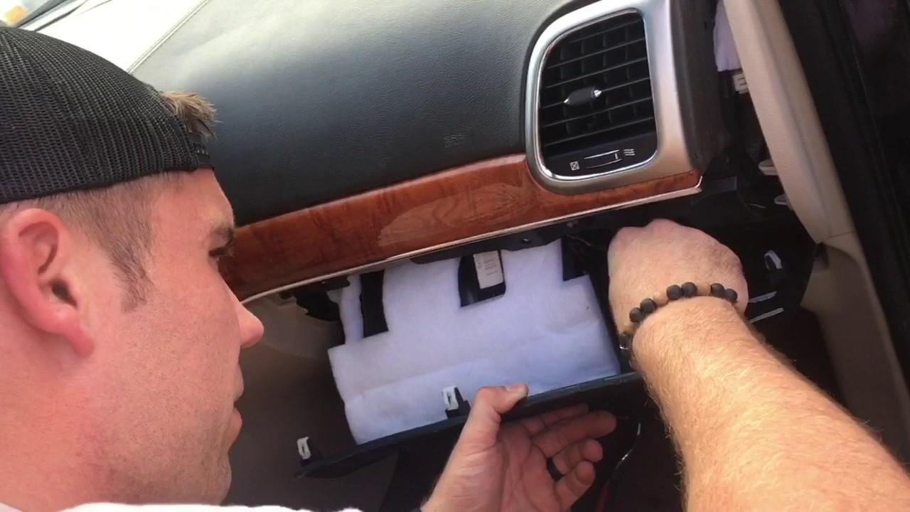 Jeep Wk2 Grand Cherokee 2011 Blend Door Fix Youtube Fuse Box Diagram 2006 Wk