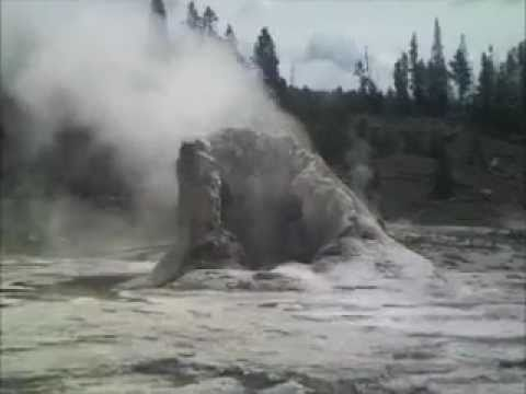 Giant Geyser Group - Yellowstone National Park