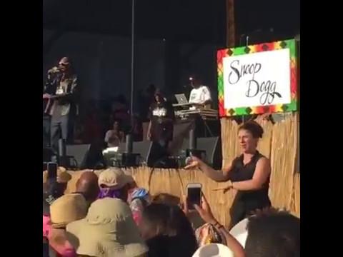 ORIGINAL: Snoop Dogg Interpreter #TheGoodLifeRadioShow @tglradioshow #JazzFest