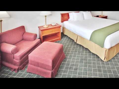 Holiday Inn Express Hotel and Suites Omaha West - Omaha, Nebraska