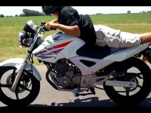 Alee Sanchez Twister 250 En La Autopista Miercoles Por La