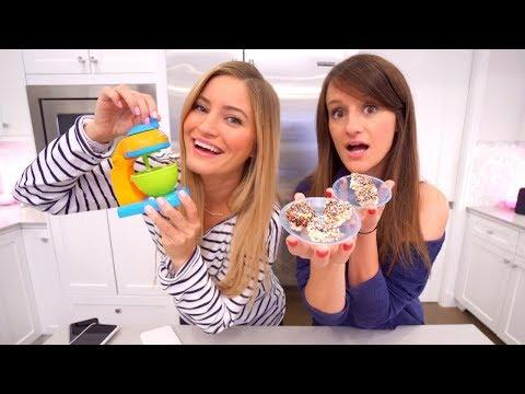 MAKING MINI RICE CRISPY TREATS! 😋 (Yummy Nummies!)
